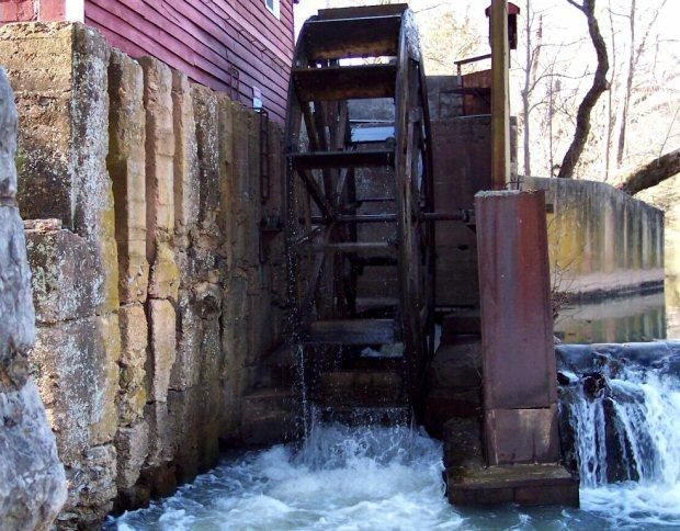 The eighteen foot diameter water wheel is hard at work in this image. I can tell you that the friendly and knowledgable Miller inside is also hard at work !